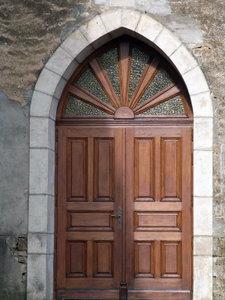 Porte d'eglise de la menuiserie Henry