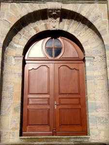 Porte d'eglise fabriqueé par la menuiserie Henry